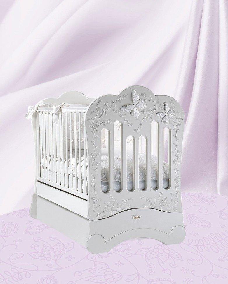 Кровать детская Fms Charme BiancoДетские кровати и мягкая мебель<br>Кровать детская Fms Charme Bianco<br>