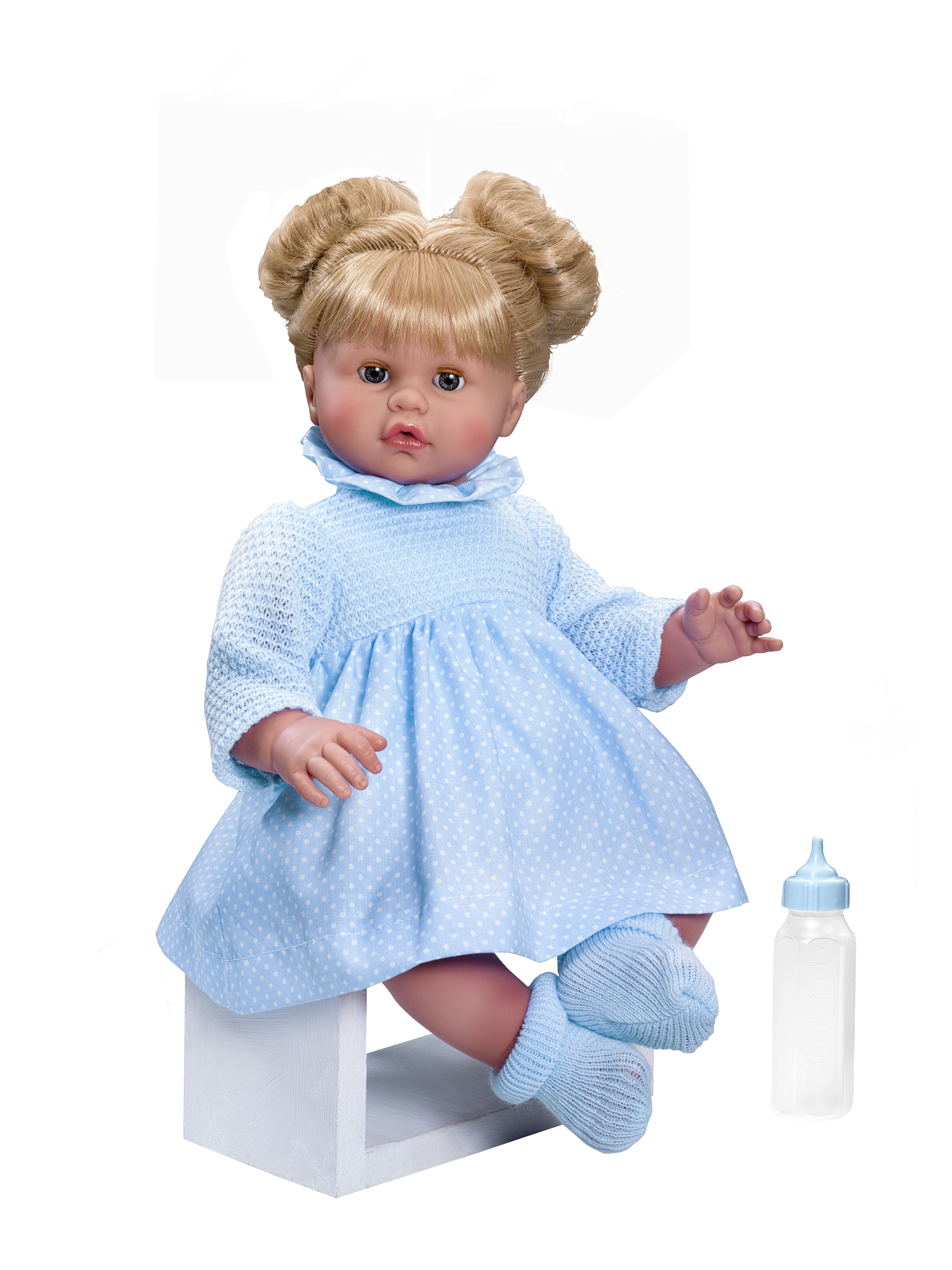 Кукла Хлоя с бутылочкой, 45 см.Куклы ASI (Испания)<br>Кукла Хлоя с бутылочкой, 45 см.<br>
