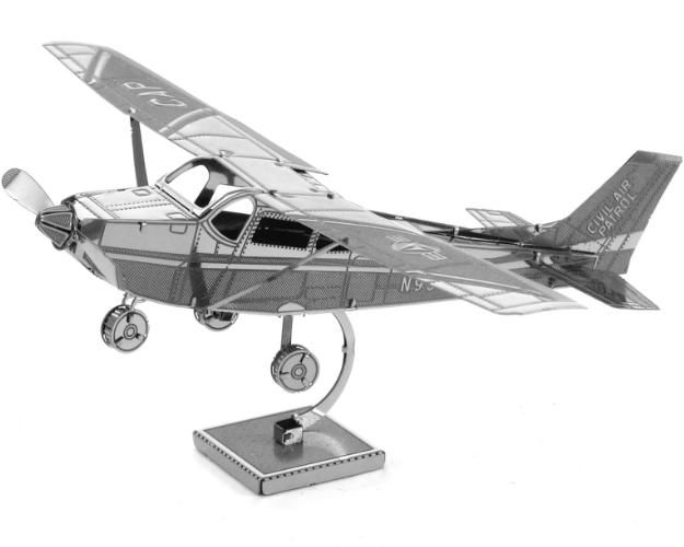 Сборка металлической модели - Сессна-172Коллекционные модели самолетов<br>Сборка металлической модели - Сессна-172<br>