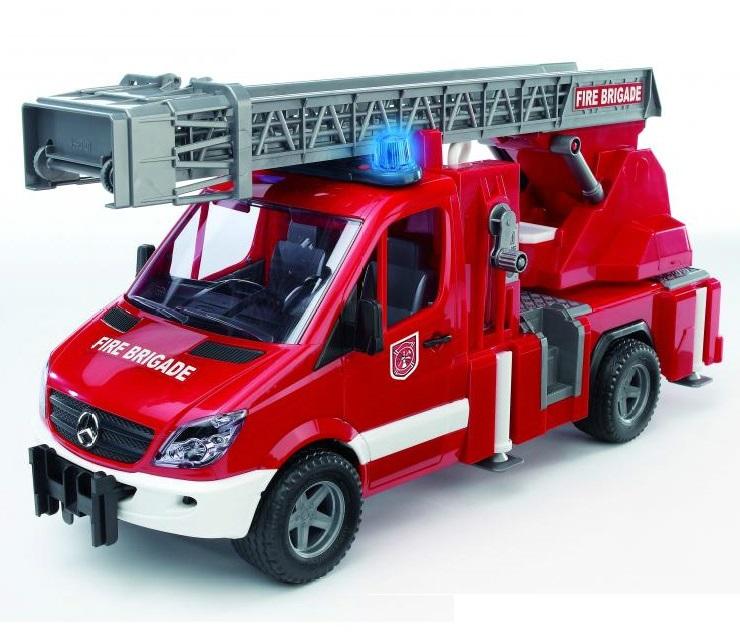 Bruder Mercedes Sprinter - пожарная машина с функцией разбрызгивания воды, свет и звук по цене 4 050