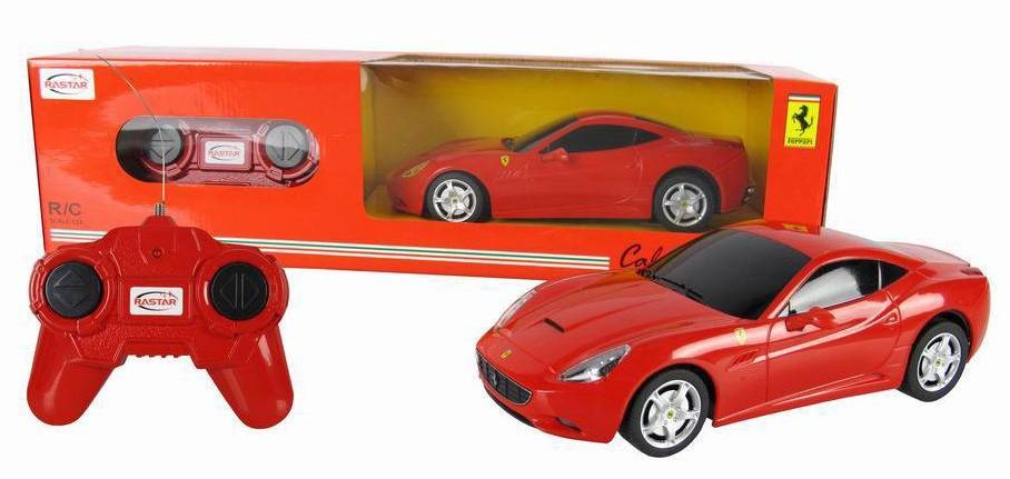Радиоуправляемая машинка Ferrari California, масштаб 1:24Машины на р/у<br>Ищите для своего мальчика незабываемый подарок? Яркая машина-кабриолет Ferrari California - настоящая копия реальной модели. Игрушка на пульте дистанционного управления станет настоящим сюрпризом для мальчика. С ней можно долго играть, делая разные маневр...<br>