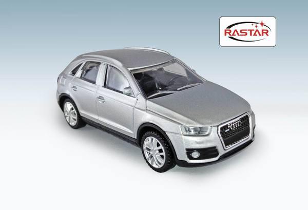 Металлическая машинка Audi Q3, масштаб 1:43Audi<br>Металлическая машинка Audi Q3, масштаб 1:43<br>
