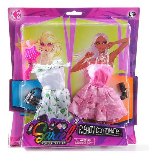Набор одежды и аксессуаров для куклы высотой 29 см: 2 платья, обувь, сумочка, расческаОдежда для кукол<br>Набор одежды и аксессуаров для куклы высотой 29 см: 2 платья, обувь, сумочка, расческа<br>