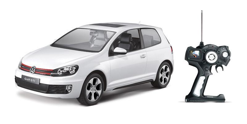 картинка Радиоуправляемая машина - Volkswagen Golf GTI, цвет белый, 1:24, 40MHZ от магазина Bebikam.ru