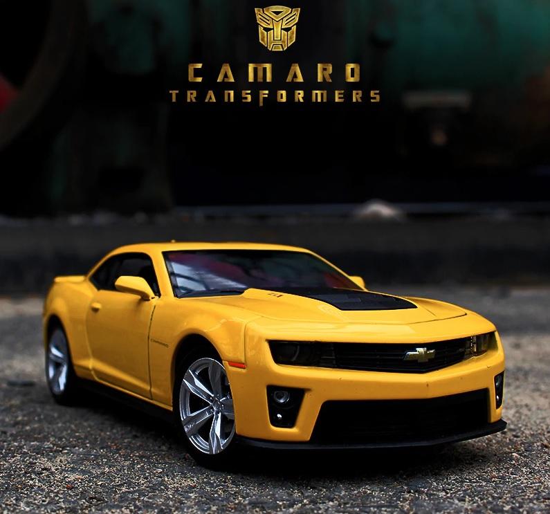 Коллекционная модель машина Chevrolet Camaro, 1:24 по цене 1 099