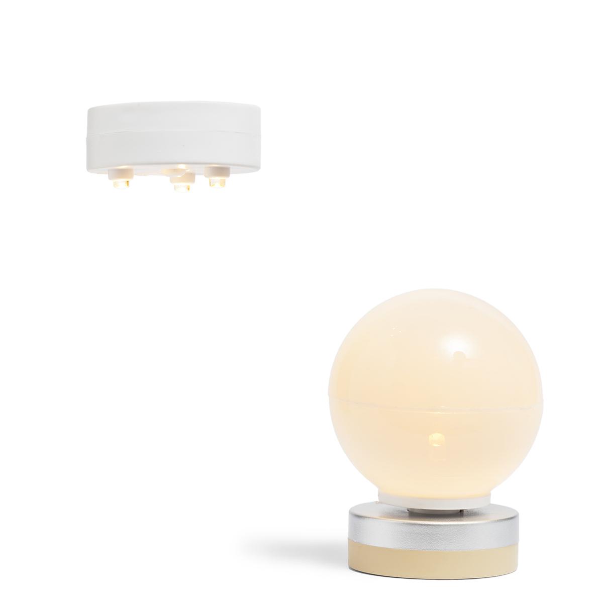 Набор светильников для освещения домика фото
