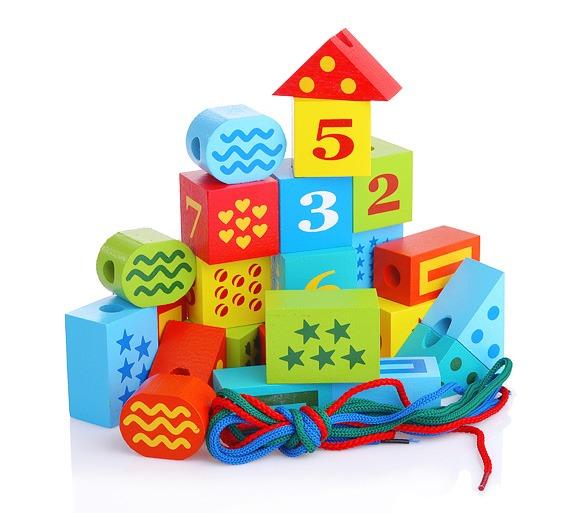 Конструктор деревянный - Шнуровочка с цифрами, 25 деталейШнуровка<br>Конструктор деревянный - Шнуровочка с цифрами, 25 деталей<br>