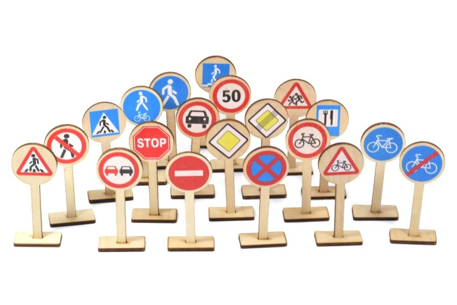 Игра развивающая - Деревянные дорожные знаки фото