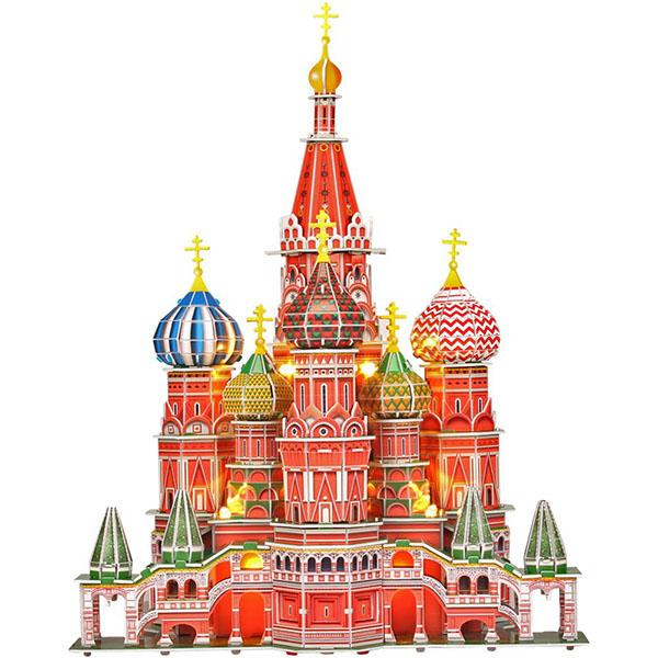 неудивительно, ведь картинки с кремлем москвы на белом фоне дерябина призналась, что