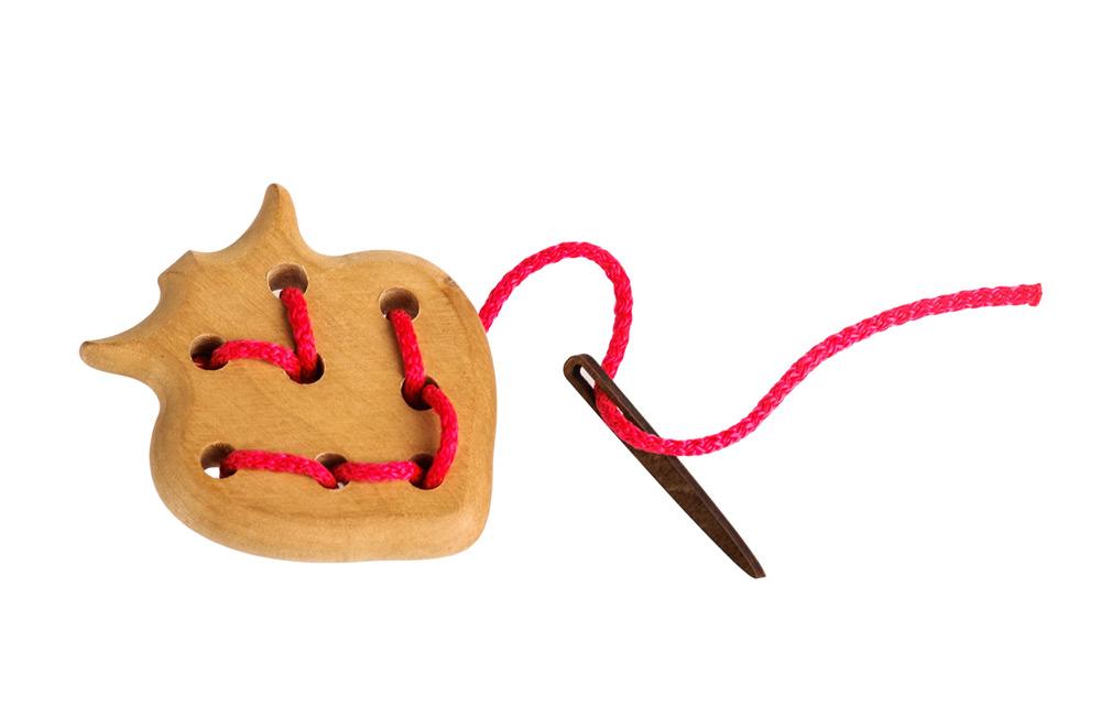 Шнуровка - Ягодка, 3 деталиШнуровка<br>Шнуровка - Ягодка, 3 детали<br>