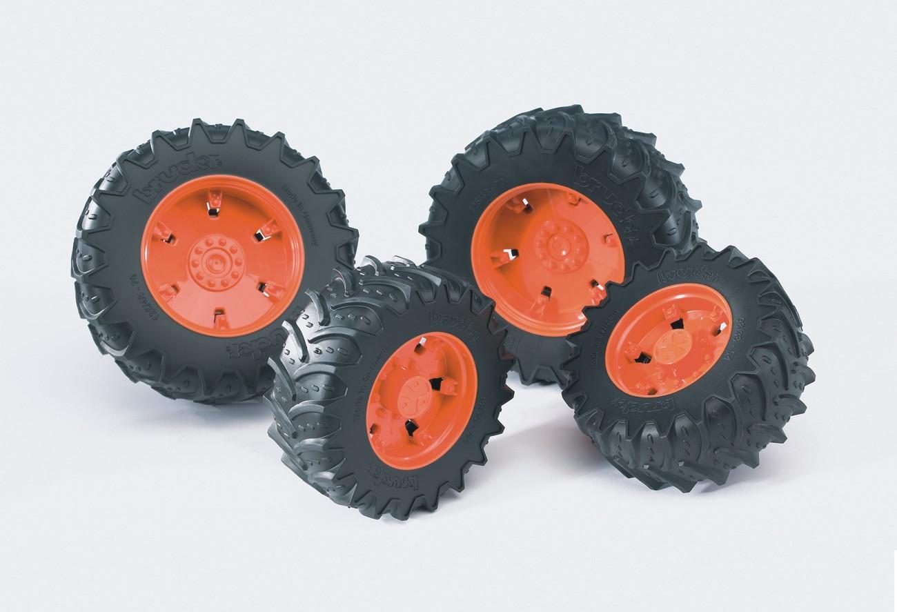 Bruder. Шины для системы сдвоенных колес с оранжевыми дискамиАксессуары<br>Bruder. Шины для системы сдвоенных колес с оранжевыми дисками<br>