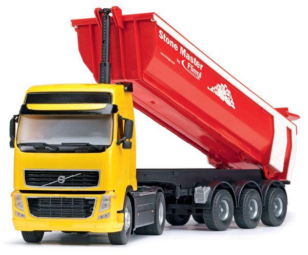 Грузовик с прицепом, фрикционный, 50 смГрузовики/самосвалы<br>Большой грузовик Volvo с прицепом-самосвалом.<br>