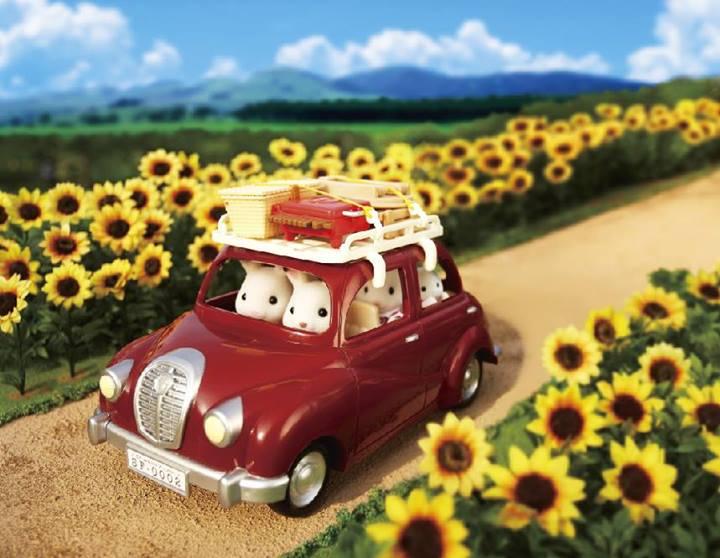 Купить Красный семейный автомобиль для Sylvanian Families