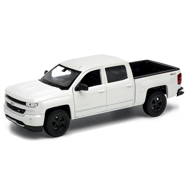 Модель машины Chevrolet Silver...