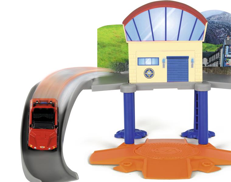 Маленький морской гараж и машинка из серии «Пожарный Сэм»Пожарный СЭМ<br>Маленький морской гараж и машинка из серии «Пожарный Сэм»<br>