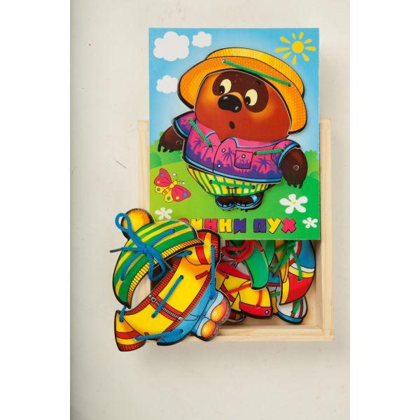 Деревянная игрушка – шнуровка «Винни Пух с одеждой»Шнуровка<br>Деревянная игрушка – шнуровка «Винни Пух с одеждой»<br>