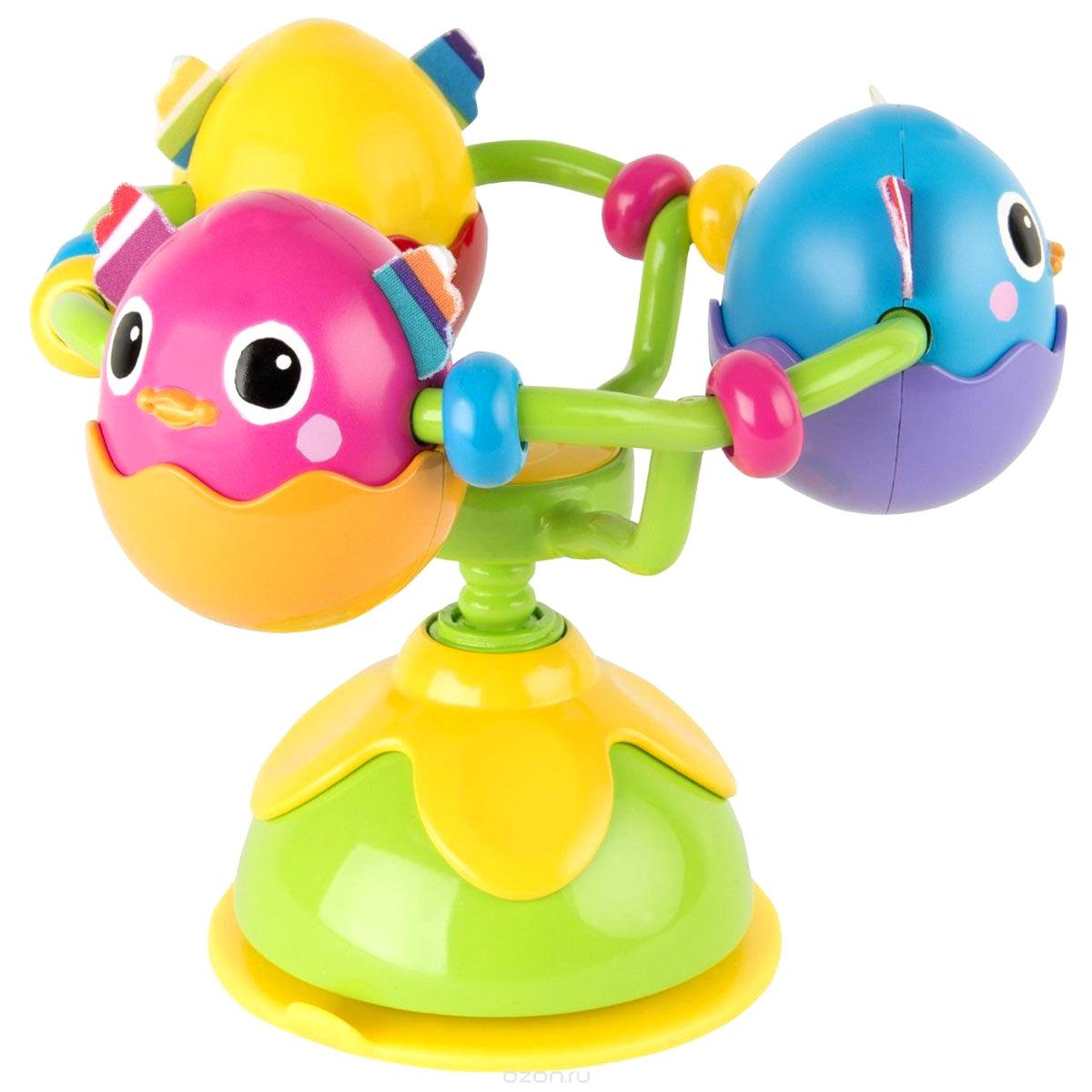 Игрушка с присоской на стульчик – Веселые утятаДетские погремушки и подвесные игрушки на кроватку<br>Игрушка с присоской на стульчик – Веселые утята<br>