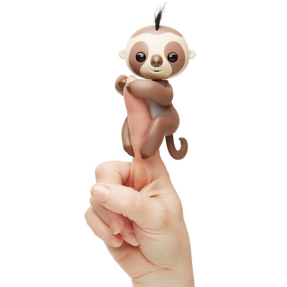 Купить Интерактивный ленивец Fingerlings – Кингсли, коричневый, 12 см, звук, WowWee