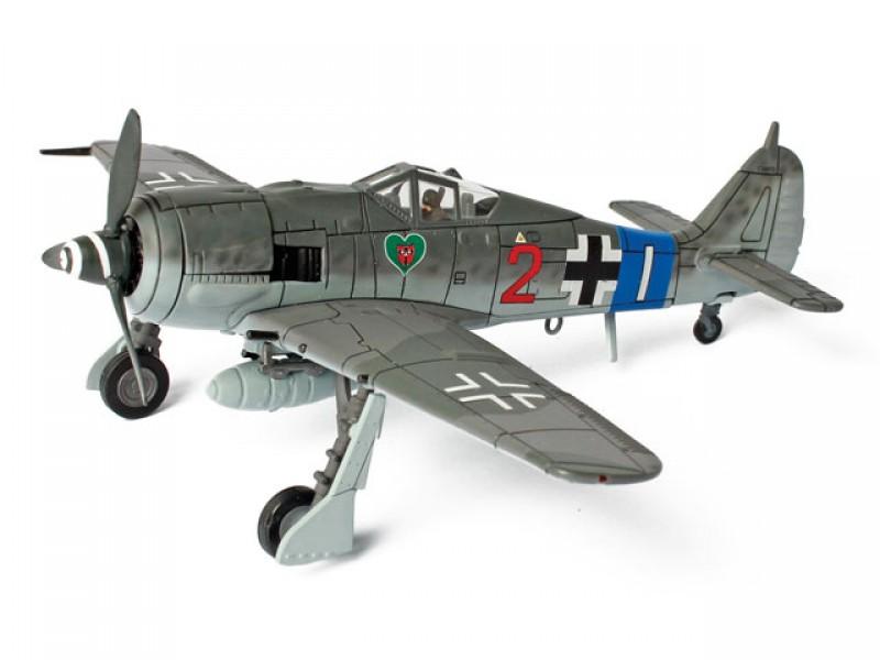 Коллекционная модель - Истребитель FW 190A8 JG 54, Германия 1944 год, 1:72Военная техника<br>Коллекционная модель - Истребитель FW 190A8 JG 54, Германия 1944 год, 1:72<br>