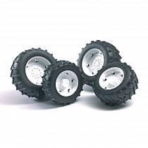 Аксессуары А: Шины для системы сдвоенных колес с белыми дисками, 4 штуки (Bruder, 02-323)