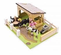 Игровой набор - Желтый коровник с коровами и фермершей (Le Toy Van, TV402)